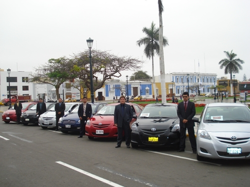 choferes profesionales en 3b rent a car chiclayo
