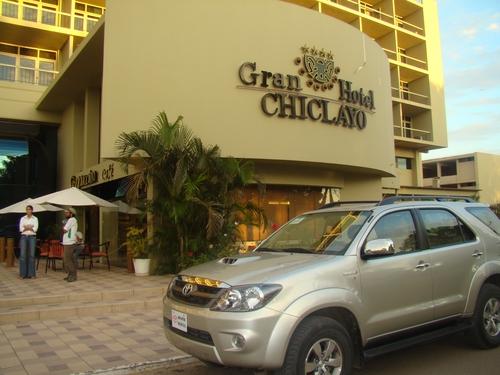 alquiler de camioneta en gran hotel chiclayo rent a car 3b chiclayo