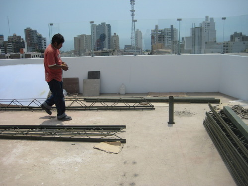 Roof-structure Ampiación in metal-construction-Miraflores
