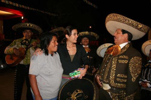 El Charro Jiménez con la Hija del Mariachi