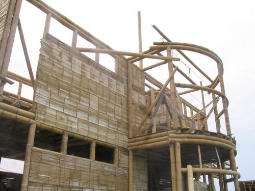 Detalle constructivo casa bambú
