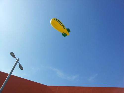 ZEPPELIN ON AIR ADVERTISING INFLATABLE
