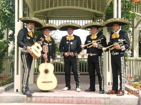 mariachis in santiago groove, canyon, san juan de Miraflores, Lima