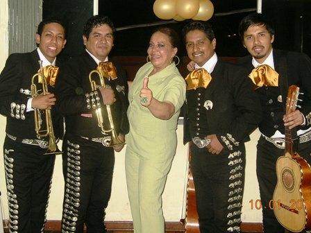 mariachis in the Augustinian rimac, zarate, campoy, huachipa, nana, tie