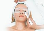 Behandlung von Augenfalten