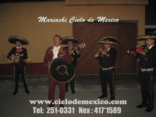 Mariachis Mariachi Cielo de Mexico Peruanos Lima-Peru Telf 251-0331