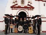 Mariachis Pisco y Tequila de Trujillo Perù Catedral de Huanchaco